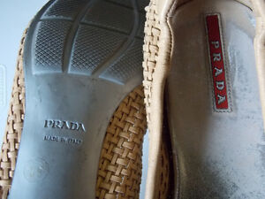 Prada leather kitten heel,size 39 (8.5)