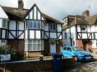 4 bedroom house in Parkside, Finchley, N32