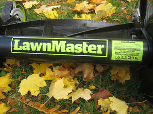 "Lawnmaster 16"" Reel Push Lawn Mower superb cond, used one season Kingston Kingston Area image 2"