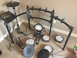 Roland TD12 Electronic Drums Complete Strathcona County Edmonton Area image 1
