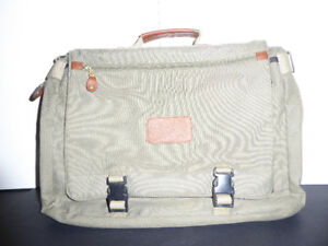 OLIVE GREEN CANVAS WITH LEATHER ACCENTS BRIEFCASE - MINT