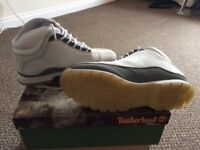 Timberland boots (size 9.5) NEW