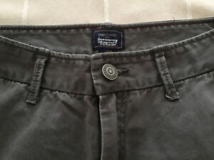 Gap khakis-men's size 29/30