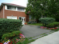 Detached 4 bedroom house near Fairview Mall/Don Mills Subway