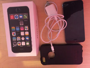 Apple iPhone 5s (Unlocked) 16GB