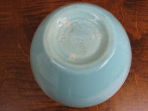 Vintage Art Pottery Handmade Vase, Egg Shaped, Made in Canada Kitchener / Waterloo Kitchener Area image 3