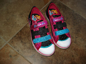 Bella Ballerina Shoes by Skechers - size12