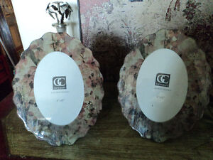 Beautiful Shabby Chic Oval Picture Frames