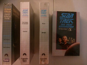 Star Trek The Next Generation and Deep Space Nine lot of 4