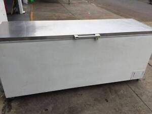 Commercial chest freezer 670L Fairfield Brisbane South West Preview