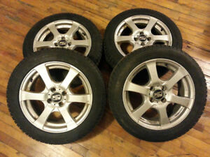 Winter tires with rims -  195/55R16  - Pneus d'hiver avec rims