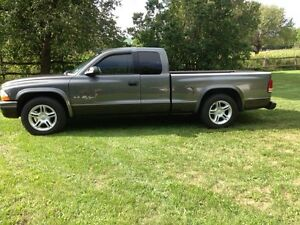 2002 Dodge Dakota R/T  (will consider reasonable trade)
