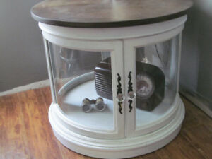 VINTAGE MID CENTURY GLASS ROUND END TABLE WITH LIGHT INSIDE