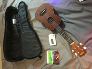 SATIN MAHOGANY SOPRANO UKULELE  * * * BRAND NEW CONDITION * * *