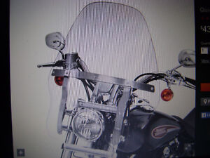 Harley Quick-Release Windshield