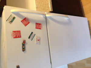 Fridge and stove apartment size $150  for both