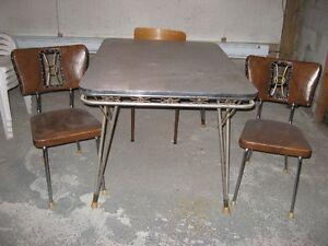 Table et chaises vintage