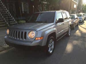 2011 Jeep Patriot $2500  ****NEEDS TRANSMISSION****