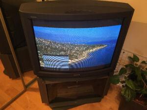 Téléviseur 32 pouces Sony Trinitron KV-32V36