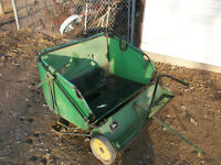 JOHN DEERE leaf sweeper for riding lawnmower
