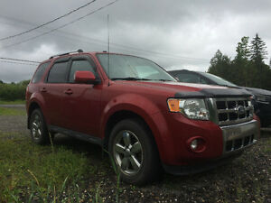 2010 Ford Escape Limited, AWD, cuir, toit ouvrant VUS