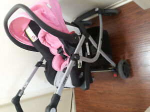 Stroller with car seat and bassinette attatchment