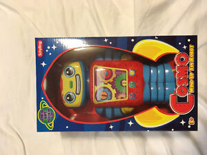 Wind Up Toy Robot - brand new