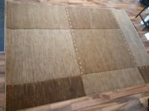 Area rug EUC