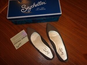 Brand new in box - Seychelles leather flats, size 7