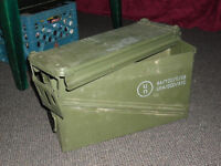 AMMO BOX Cartridge Container 40mm Munitions Storag No Rust Dents