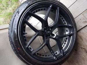 Mag+pneu d'été subaru legacy 2007 GT 2 mois usure 225/40/ZR18