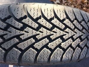 "215/70R15 Goodyear winter tires 10/32"" thread *NEW* on rims West Island Greater Montréal image 1"