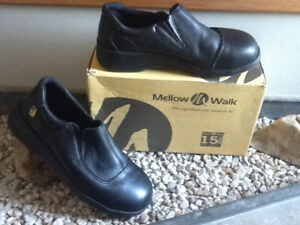 Women's MELLOW WALK Safety Shoes - Size 9.5