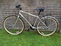 Mens Silver Hydrid Bike Great Condition