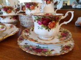 Royal Albert Old country roses China tea set job lot