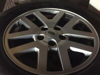 """Land Rover discovery 3 18"""" alloy wheels & tyres"""