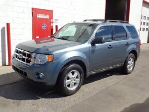 2010 Ford Escape XLT ~ 4WD V6 ~ Accident Free ~ $10,900