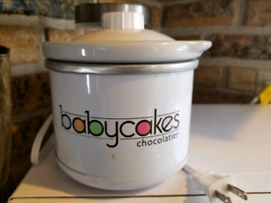 Baby Cakes Chocolate Melter