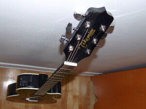 Guitarre TAKAMINE
