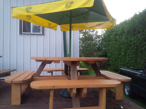 """NEW ROUND PICNIC TABLE 58"""" STAINED!"""