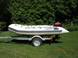 2014 INFLATABLE BRIG F330 WITH MOTOR