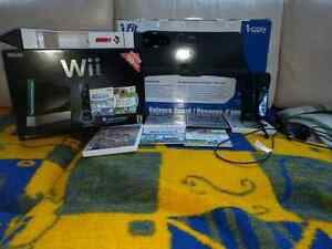 Wii Nintendo Console set with extras