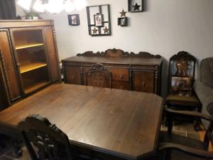 9 Piece Antique Dining Room Set