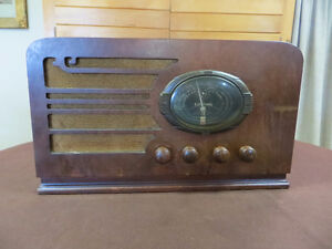 RADIO CORONADO 1940'S ANCIEN ANTIQUE