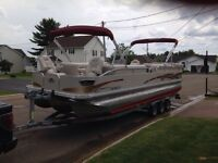 2009 Princecraft Versailles 29 2S I/O Pontoon REDUCED!!!