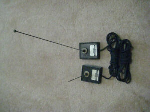 HAM radio: 2 Larsen mag mounts