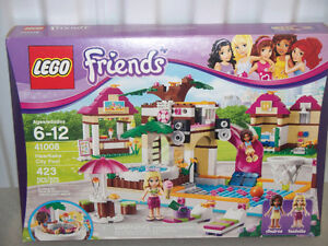 LEGO FRIENDS **NEUF** / **NEW**  3061 / 41008 / 41029 West Island Greater Montréal image 2