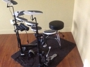Electronic Roland drums