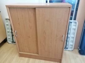 Filing cabinet with shelf