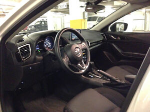 2014 Mazda Mazda3 GS-SKY Sedan Downtown-West End Greater Vancouver Area image 9